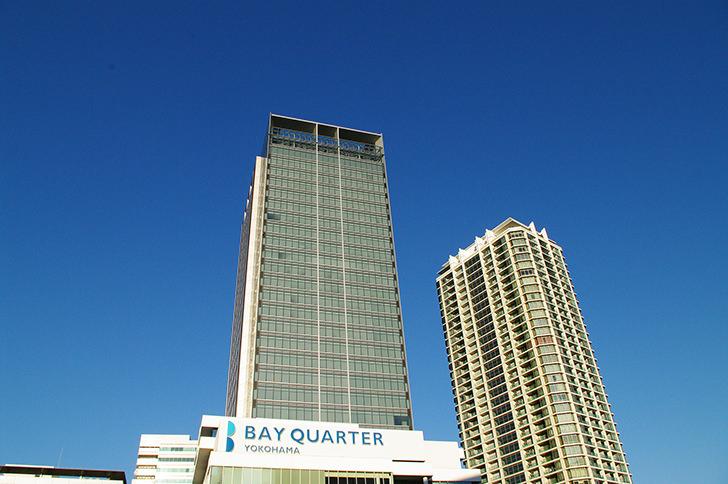 横浜ベイクォーターのビル